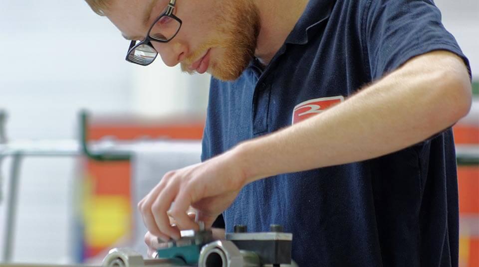 Billion - Ein technisches Zentrum aus Experten für Kunststoffverarbeitung und Kunststoffverarbeitung