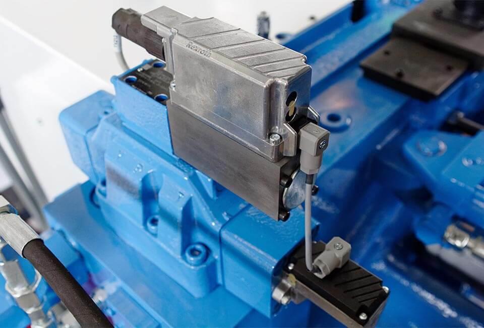 Hercule - Hydraulisches System mit Druckspeicher Serienmäßig